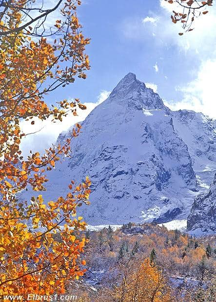 Dzhantugan autumn classique...