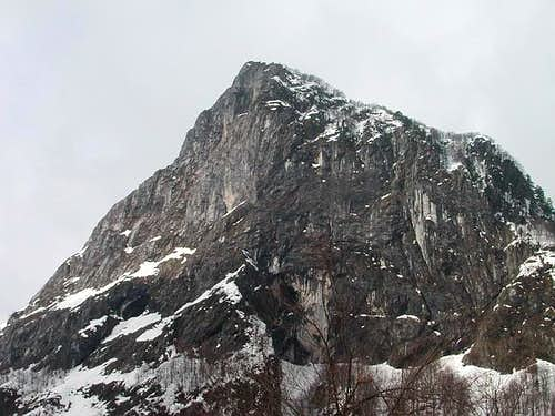 Volusnica (1879 m) from...