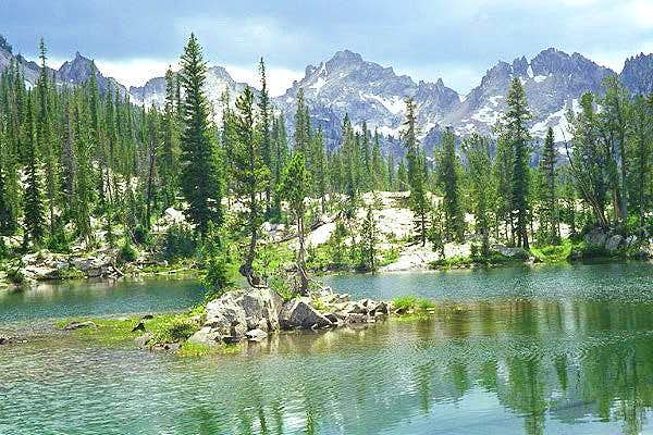 Alice Lakes Basin