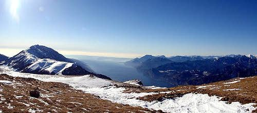 From M.Altissimo (2078m.):...
