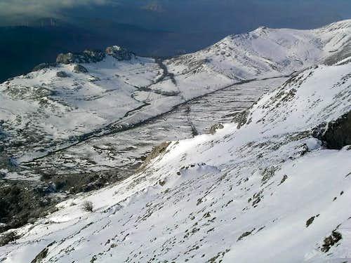 Urbia valley, a high meseta...