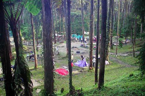 Kg Pauh basecamp at the foot...