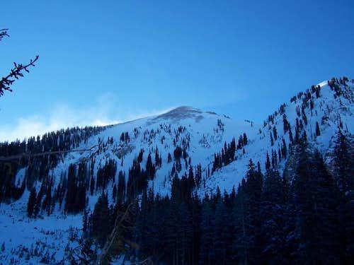 North peak w/ 35mph sustained...