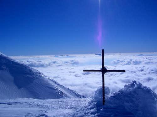 4 yanuay 2006 the cross on...
