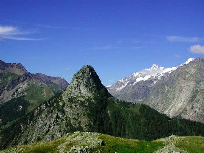 Mont Chetif from Cresta de la Saxe