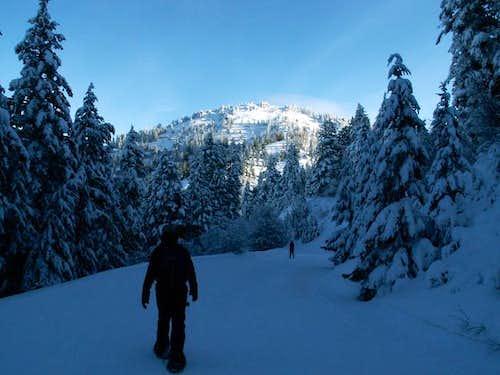 IdahoSummits snowshoes along...