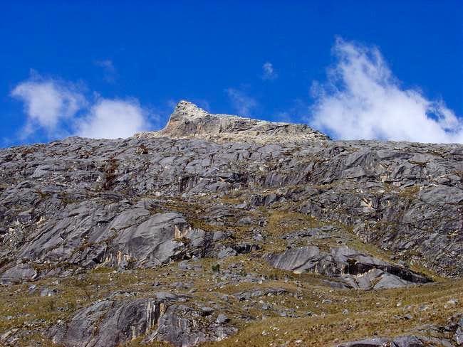 The rocky ramps of Sentilo ....