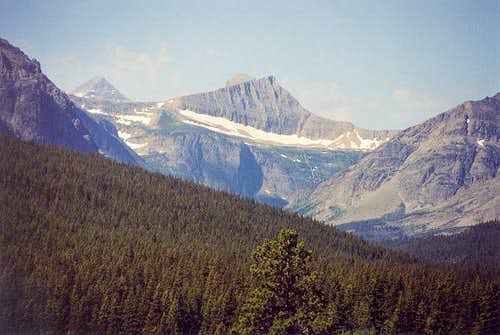 Razoredge Mountain (8,560+...