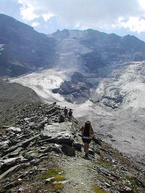 View towards Grande Rousse South <i>(3577m)</i> and Punta Tina <i>(3523m)</i>