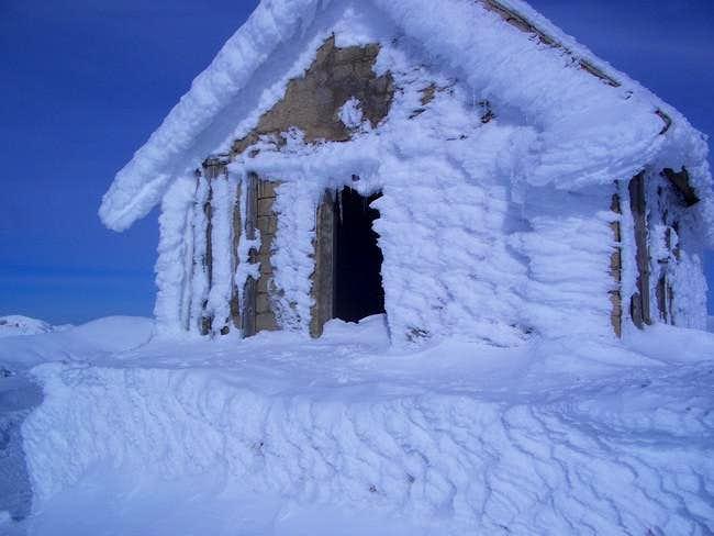 DECEMBER 2006 ,magrini hutte...