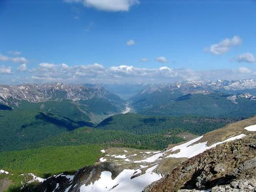 Dinaric Alps; A broad view on...