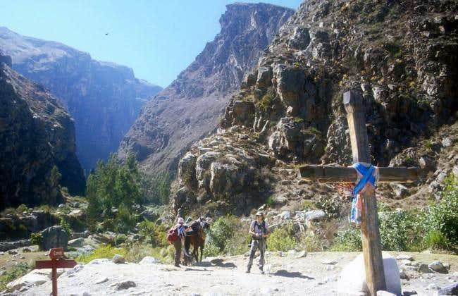 Entering the Quebrada de...