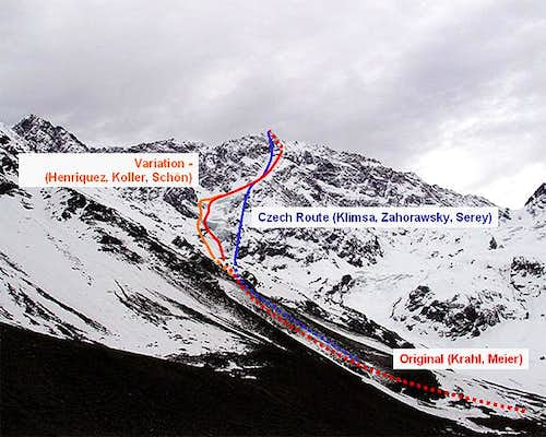 The routes through Cerro San...