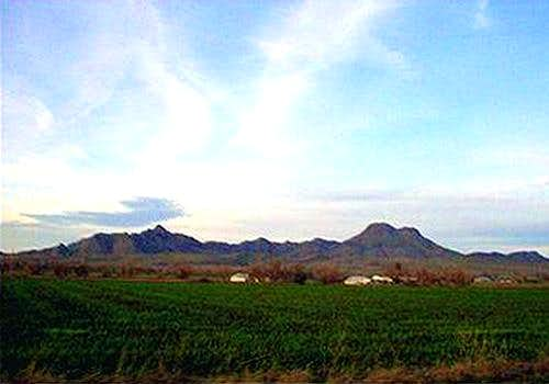 NE View of the Sutter Buttes,...