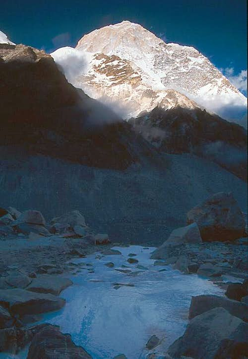 Makalu from French Camp