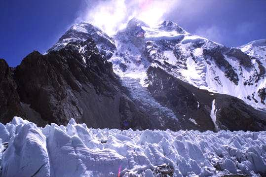 Broad Peak with high winds...