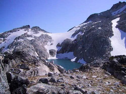 Little Annapurna on the left...
