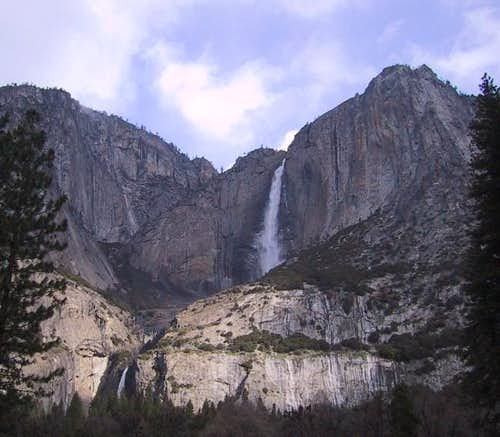 :Yosemite Falls on 4-5-01. It...