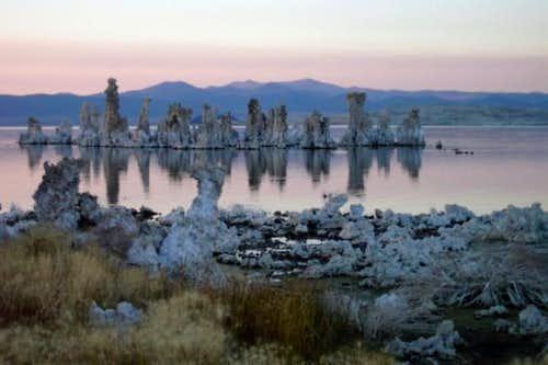 Mono Lake, October 2002 ©...