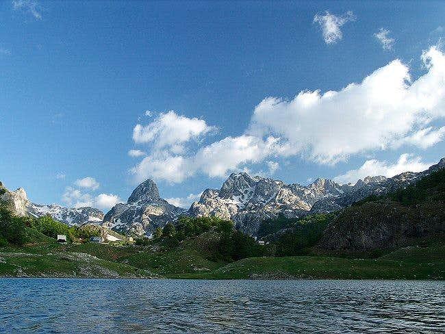 Bukumir lake (Bukumirsko jezero)