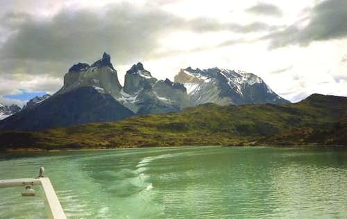 Cuernos del Paine from Lago...