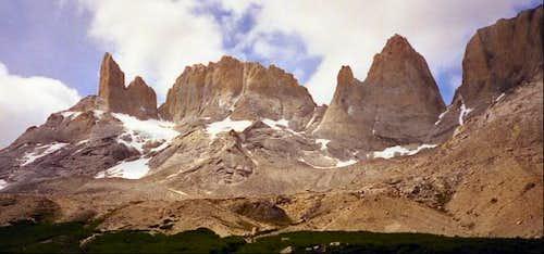 Valle Frances. Torres del...