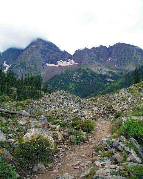 The trail from Maroon Lake...
