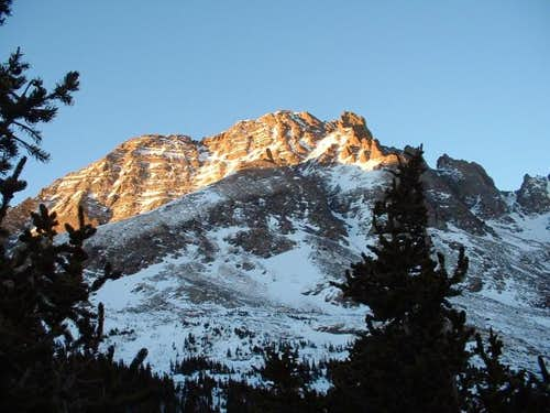 Alpenglow on Broken Hand Peak