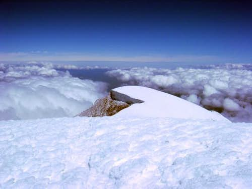 Cayambe summit plateau, 10...