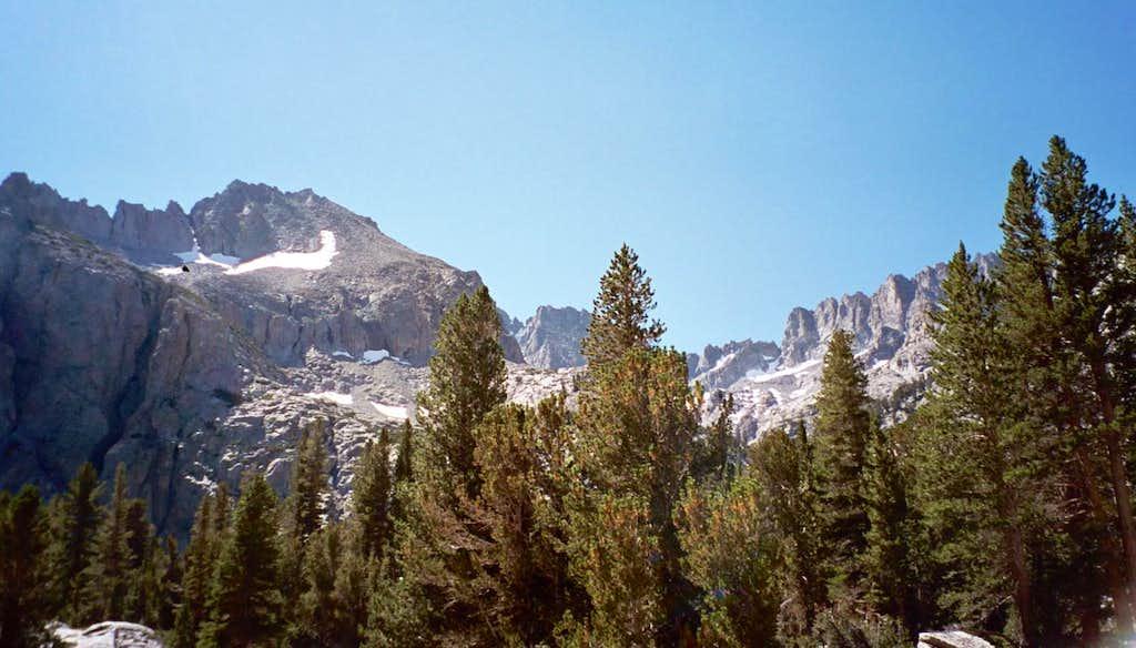 Along South Fork Big Pine Creek Trail