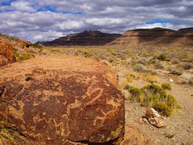 Petroglyphs near Hole in the Wall