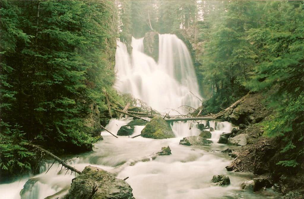 Passage Falls