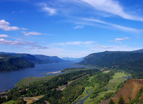 Columbia Gorge View Eastward