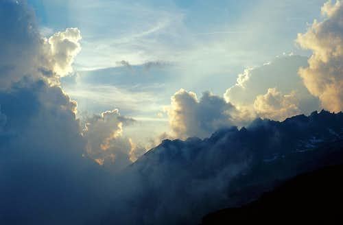 Susten clouds