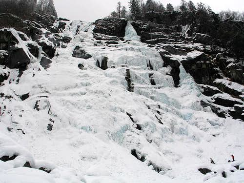 Nardis Ice waterfall