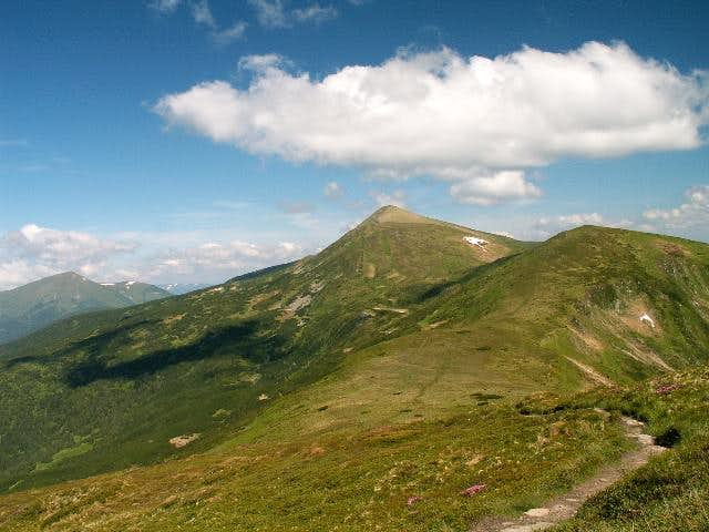 Main ridge and Hoverla