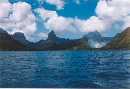 A view of Moorea from Cook\'s...