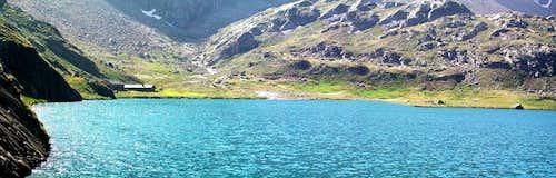 Lago inferiore diLaures