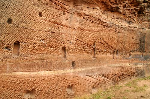 Honeycomb erosion structures