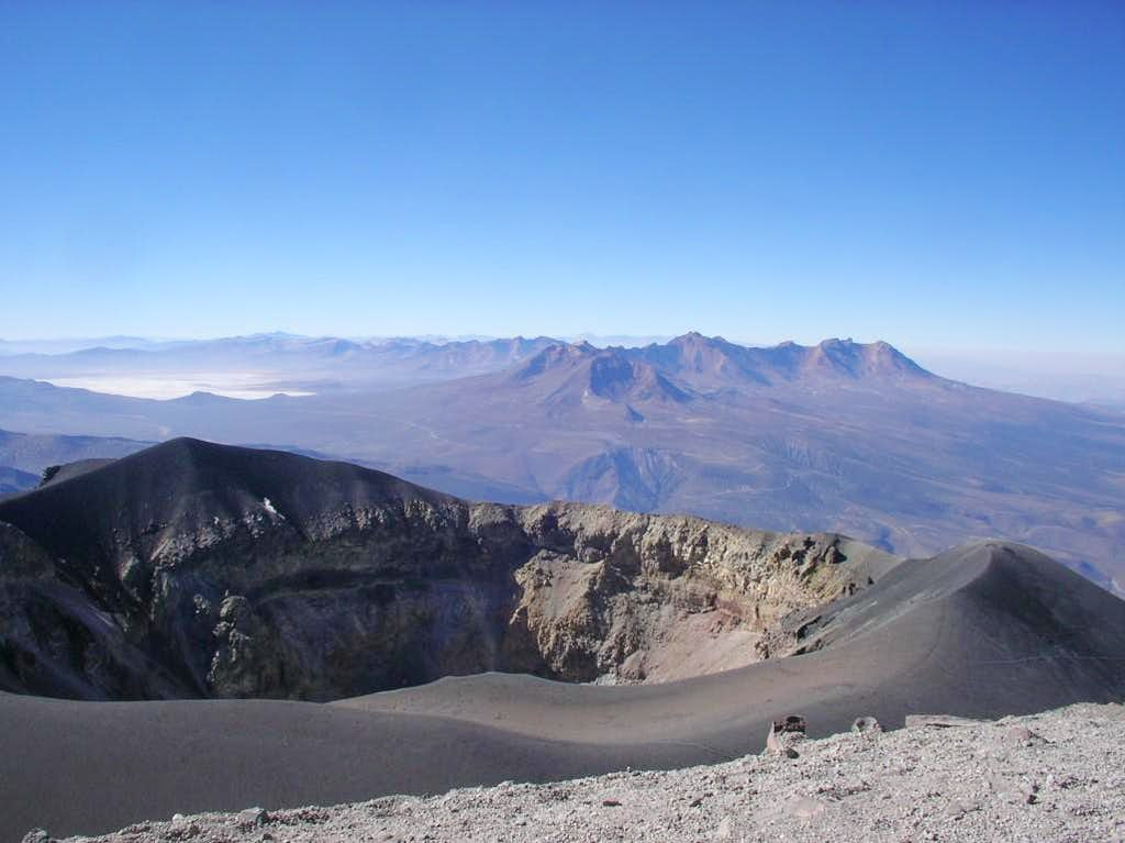Pichupichu from Misti crater