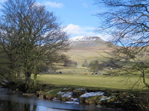Across the Ribble. Back up to Pen y Ghent.