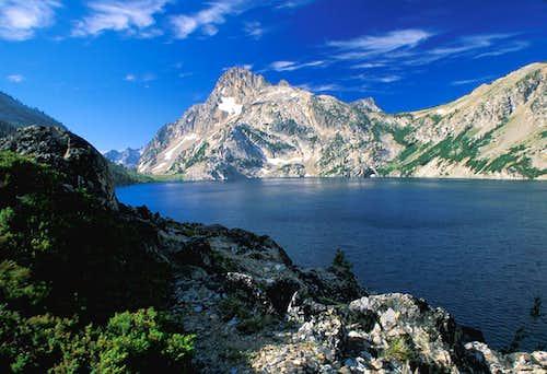 Sawtooth Lake Morning