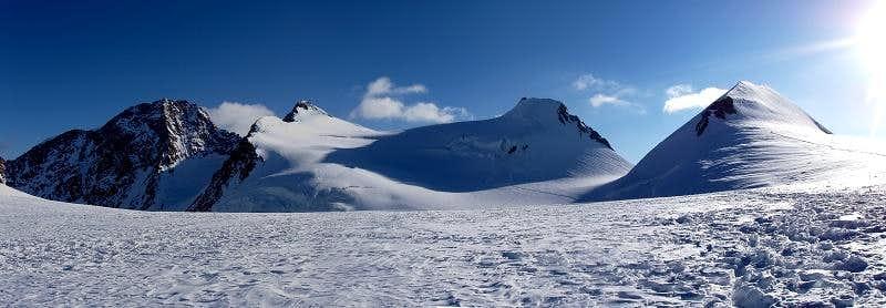 Colle del Lys (mt.4248).Monte Rosa,Italia(09/2005)
