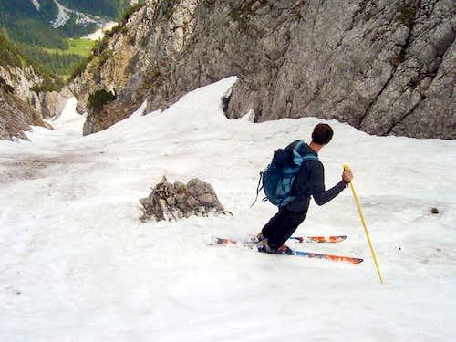 Skiing in Mai