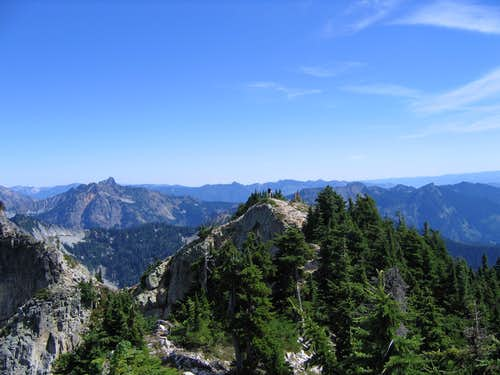 Northeast summit of Snoqualmie mountain from South West Summit