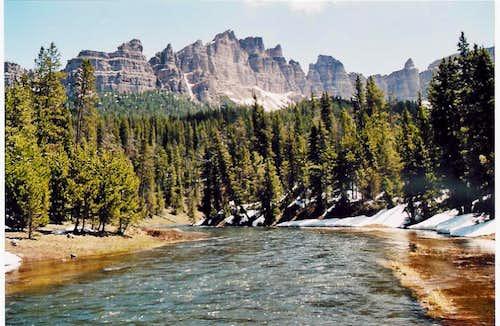 Pinnacle Buttes & Brooks Lake Creek