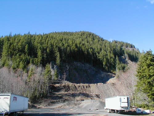 Fuller Mountain from Borrow Pit