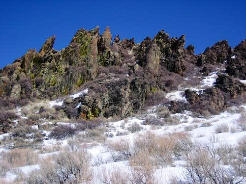 Ridge Rooster Comb Peak