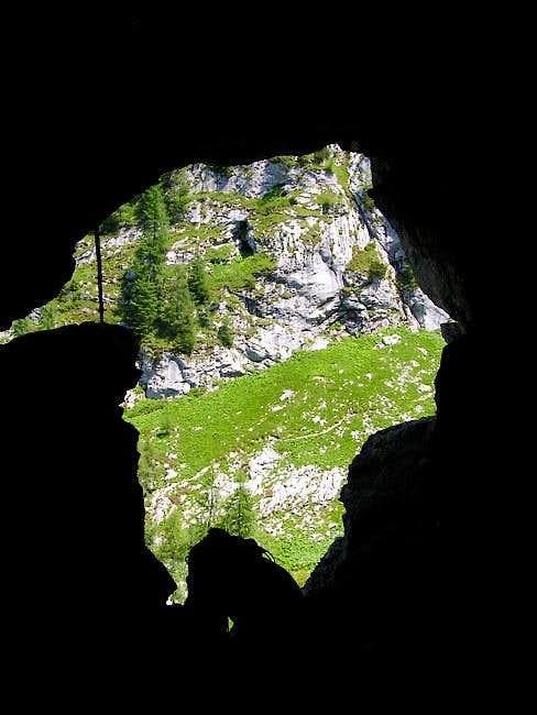 Lindwurm Cave