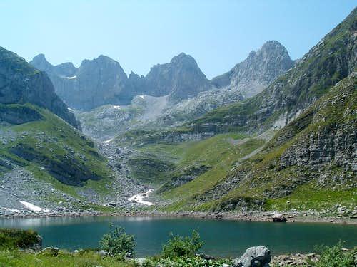 Liqeni Madhe